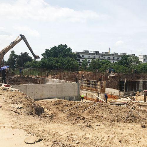 งานเกร้าท์ซีเมนต์มวลเบา ปิดอุดโพรงใต้โครงสร้างคอนกรีต โครงการประตูระบายน้ำจังหวัดอยุธยา
